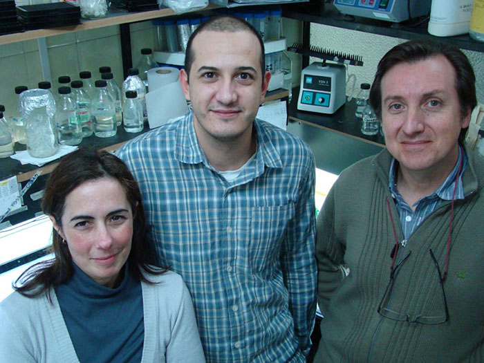 Científicos rosarinos inventan detector rápido de metales tóxicos en agua