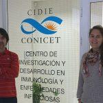 Elmer Fernández y Gabriela Merino, del Centro de Investigación y Desarrollo en Inmunología y Enfermedades Infecciosas, dependiente del CONICET y de la Universidad Católica de Córdoba.