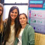 """Marisa Castro (der.),  Brenda Almozni y Ailén Díaz, del Instituto de Estudios de la Inmunidad Humoral """"Prof. Dr. Ricardo A. Margni"""" (IDEHU, UBA-CONICET)."""