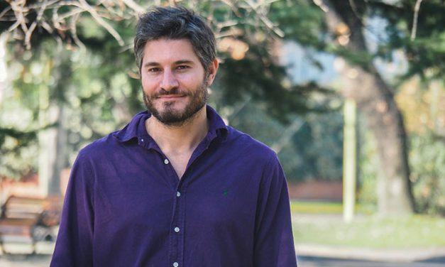 Científico argentino trabaja en un proyecto para mejorar la reintegración de exguerrilleros y paramilitares en Colombia