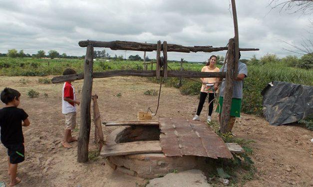"""Identifican en Tucumán bacterias """"cómplices"""" que vuelven más tóxico al arsénico del agua"""