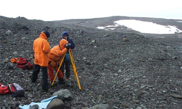 Desarrollan método sencillo y económico para medir la descarga de los glaciares