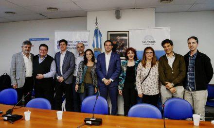 Debaten cuánto dinero recibe realmente la ciencia en Argentina