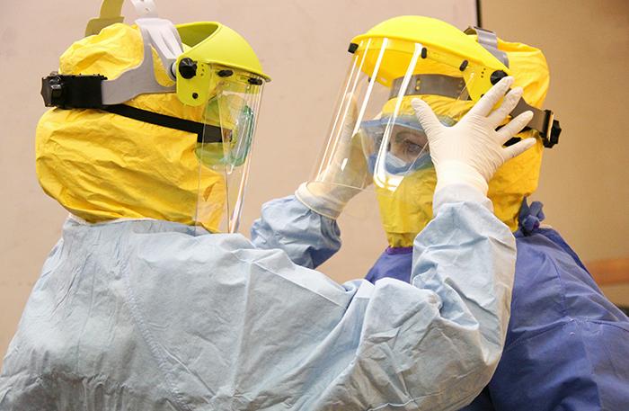 """""""El escenario futuro-inmediato del ébola es impredecible"""""""
