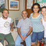 El doctor Roberto Pellerano, del Instituto de Química Básica y Aplicada del Nordeste Argentino, dependiente de la Universidad Nacional del Nordeste y del CONICET, e integrantes de su grupo.