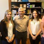 El Dr. Enrique Puliafito,  director del Grupo de Estudios Atmosféricos y Ambientales en el Centro de Estudios para el Desarrollo Sustentable - que depende de la Facultad Regional Mendoza de la Universidad Tecnológica Nacional – con integrantes de su equipo.