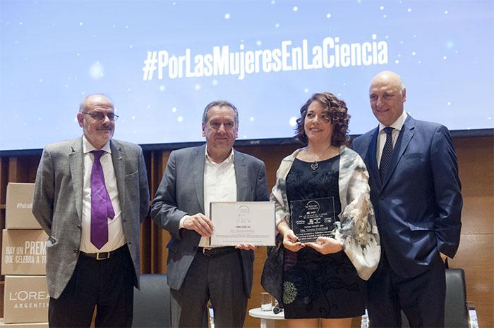 """Científica que estudia el cáncer gana el Premio Nacional L'Oréal-Unesco """"Por la Mujer en la Ciencia"""" 2019"""