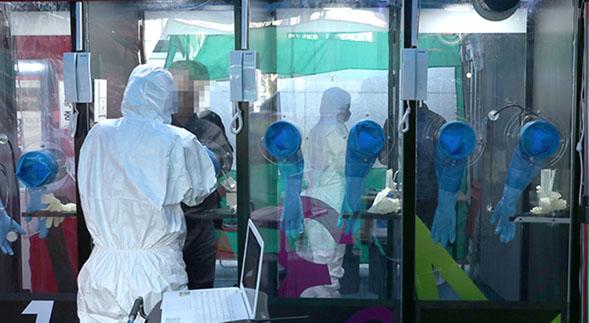 Covid-19: diseñan en Argentina cabinas para realizar hisopados de forma segura