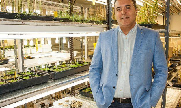 Distinción internacional para biólogo vegetal argentino