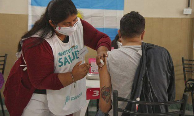 """La combinación de vacunas """"muestra resultados preliminares alentadores"""""""