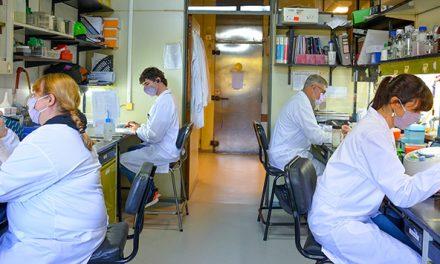 Estudio en la revista Vaccines confirma que una vacuna argentina en desarrollo contra COVID-19 neutraliza a las variantes virales